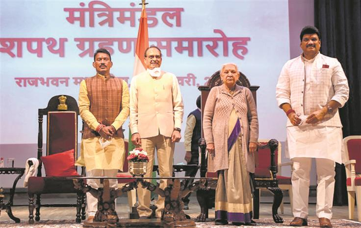 Two Scindia loyalists back as ministers in MP Cabinet