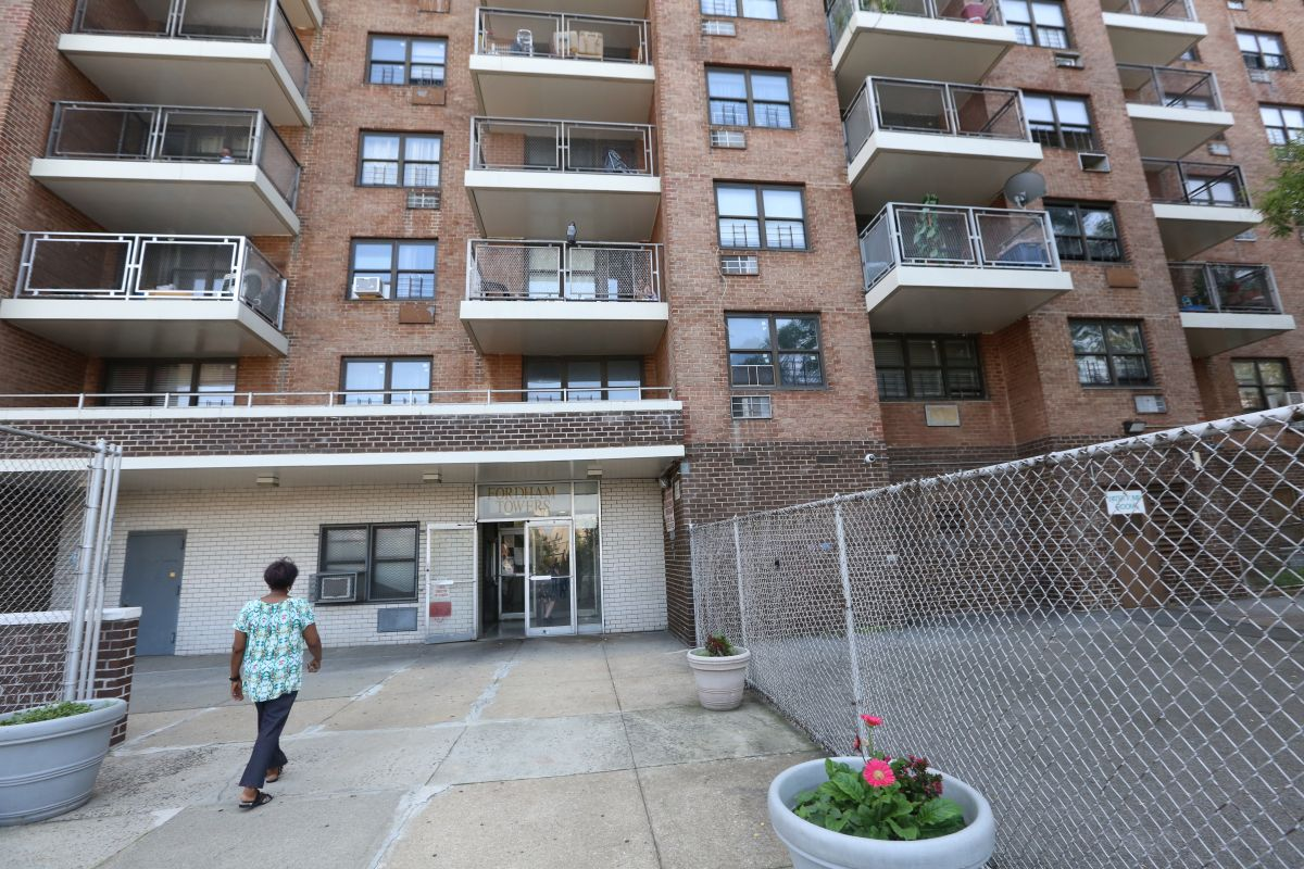 Unbridled violence: Molotov cocktails thrown at apartment in the Bronx | The State