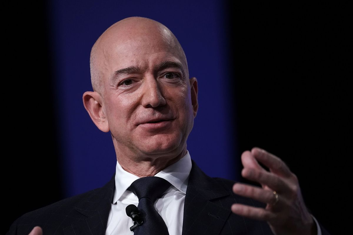 Why did Jeff Bezos once again become the richest person in the world? | The State