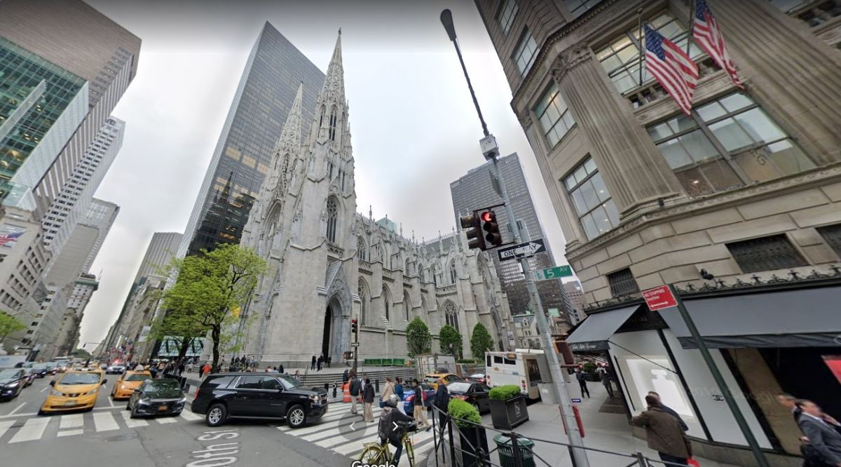 Young Hispanic woman vandalized St. Patrick's Cathedral in New York | The State