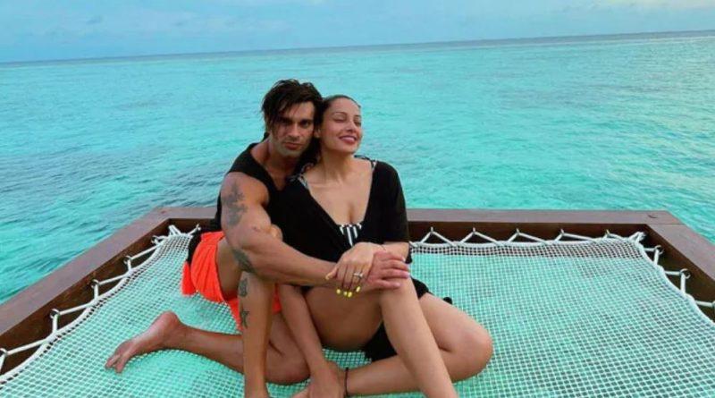 bipasha basu and karan singh grover are busy making memories in maldives