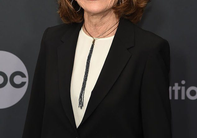 Jessica Walter honored by famous fans and co-stars from Archer and Arrested Development