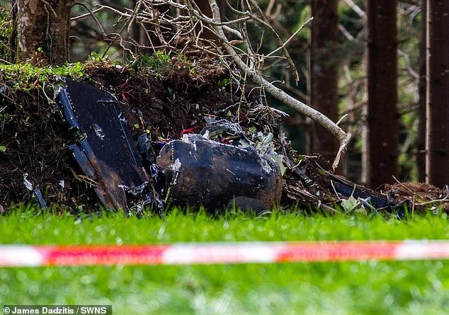 Royal Navy Hawk T1 jet crashes in Cornwall