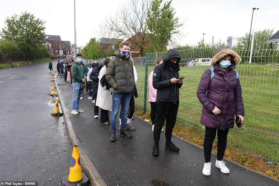 The alert sent locals rushing to get the sought-after jab, with queues winding along the pavement as they waited to get in