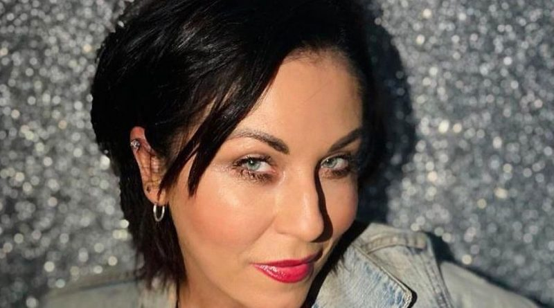 EastEnders' Jessie Wallace leaves explicit comment on co-star's Instagram post