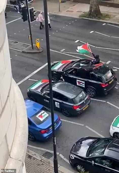 Convoy of cars shouted the abuse