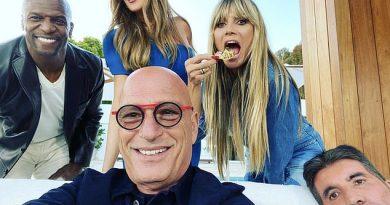 Simon Cowell's HEAD baffles fans in bizarre America's Got Talent judges selfie