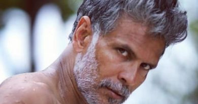 """Milind Soman Has A New """"Good Habit"""" Though You Can't Tell From This Selfie"""