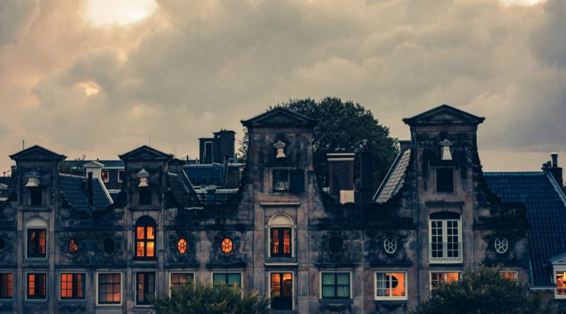 Can Christians Enjoy Haunted Houses?