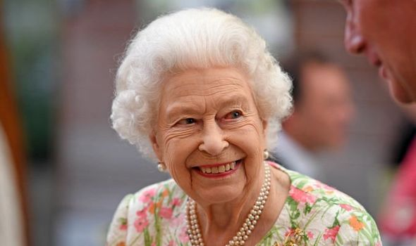"""""""Not In Relevant Criteria"""": Queen Elizabeth Turns Down """"Oldie Of The Year"""" Award"""